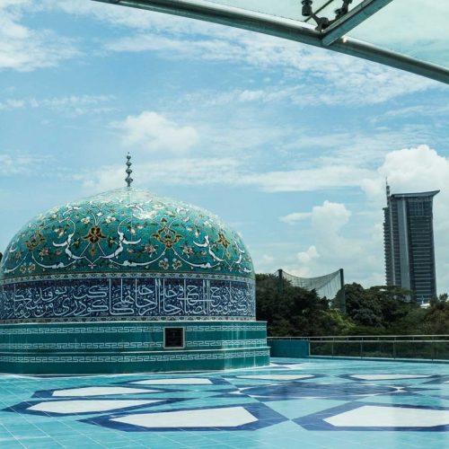 گنبد فیروزه ای نمایشگاه هنر اسلامی