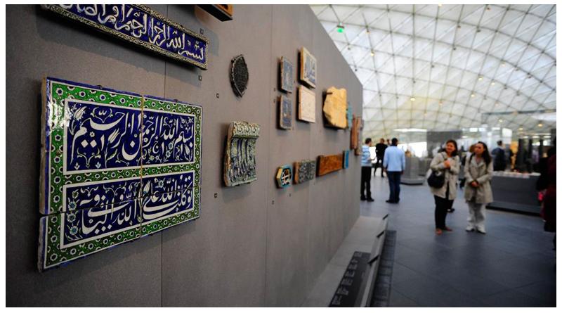 کاشی ایرانی موزه لوور