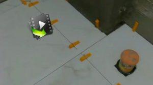 مرحله پایانی نصب سرامیک کف توسط همتزار