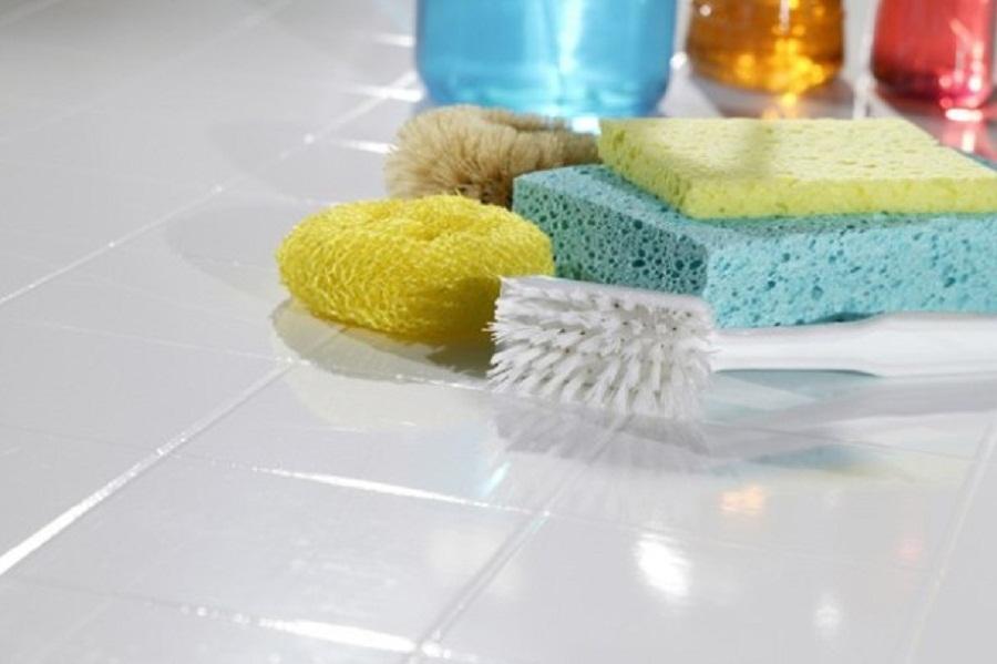 نحوه نظافت سرامیکهای اطراف دوش حمام