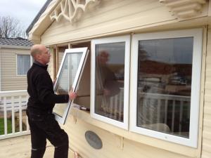 بازسازی ساختمان؛ تعویض پنجره در بازسازی ساختمان