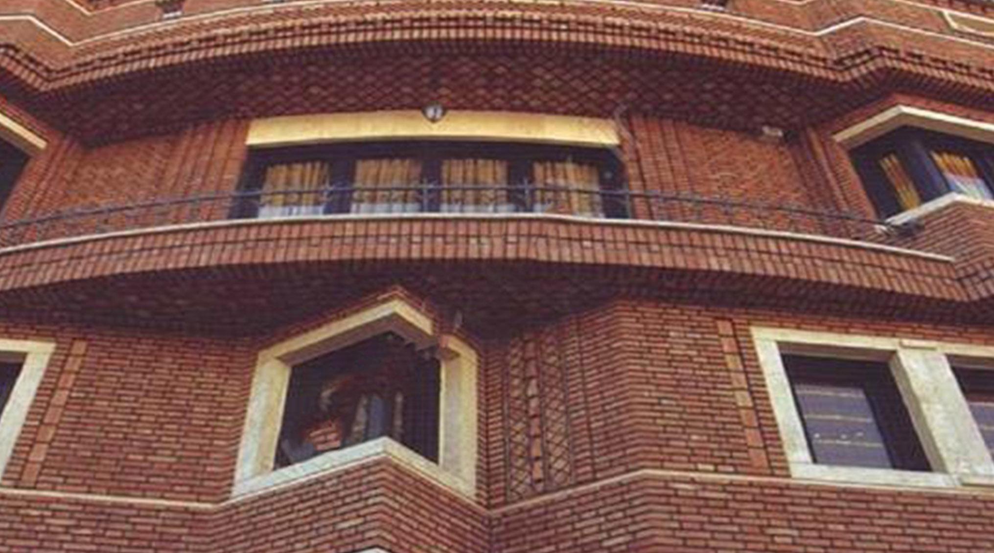 آجر دکوراتیو و نسوز در فضای داخلی و نمای ساختمان