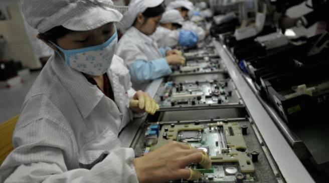 کارخانه ها با کرونا چه میکنند؟
