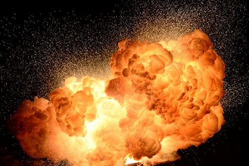 راهکارهای پیشگیری از خطرات گرد انفجار